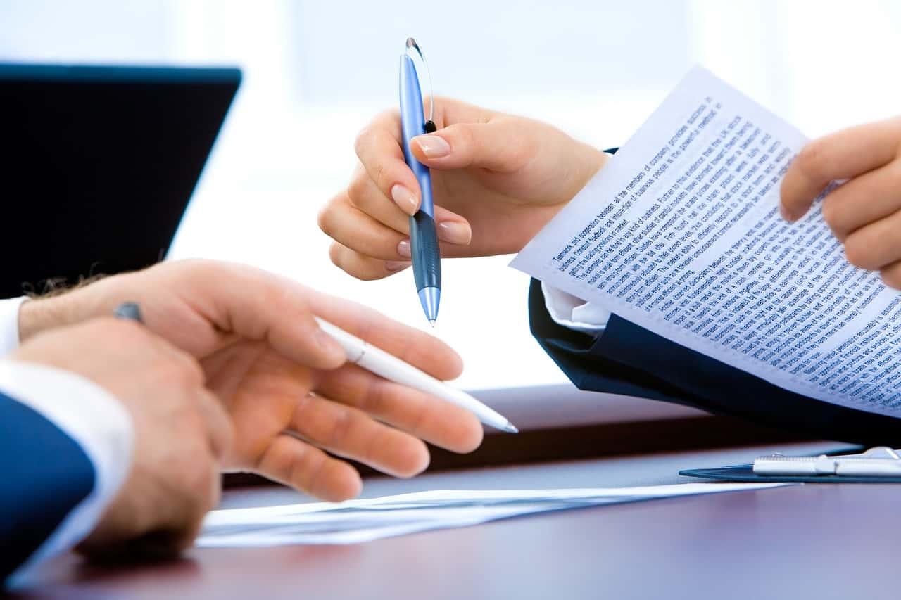 Recruter un assistant personnel : 4 astuces pour bien évaluer les CV
